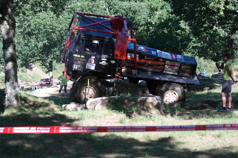 Truck (32)